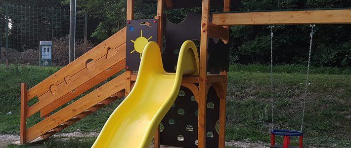Vrtna otroška lesena igrala po meri